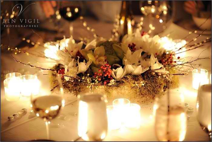winter-white-wedding-centerpiece